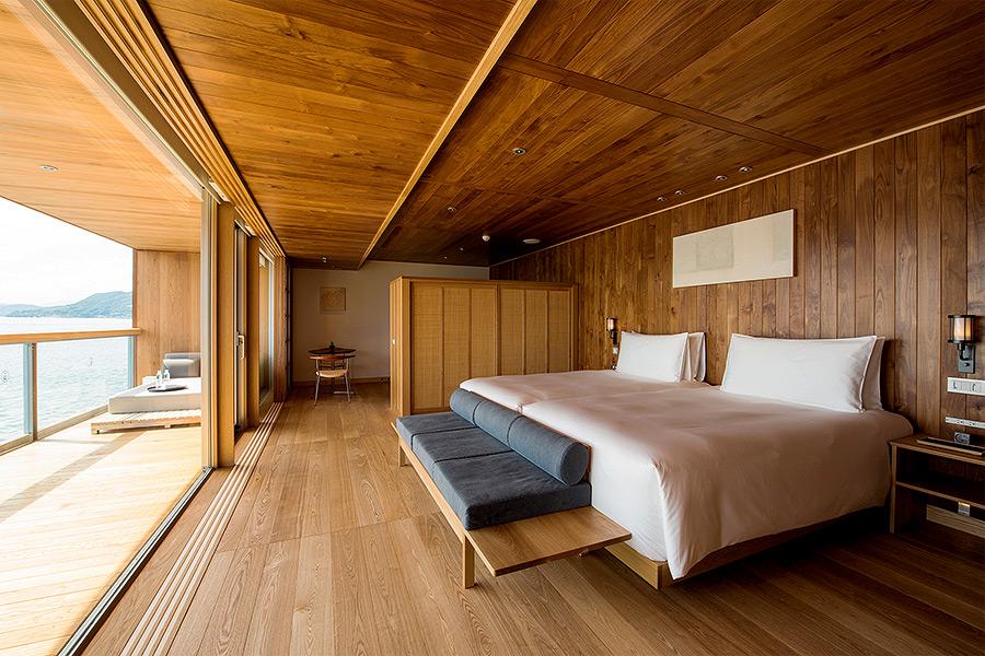floating hotel japan