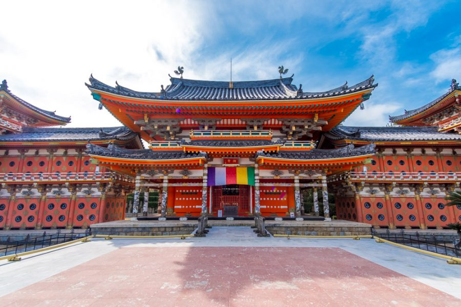 traditional red Japanese structure at kosanji temple, hiroshima, japan