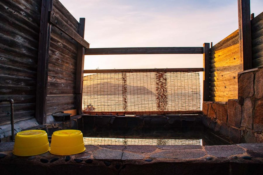 Outdoor Japanese bath, with sea view.