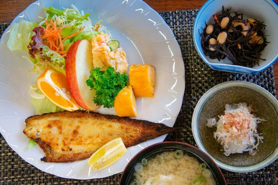 Sole meunière as the main dish of a traditional Japanese breakfast.